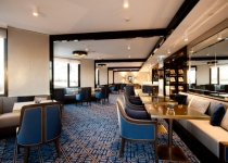 club-lounge-003a